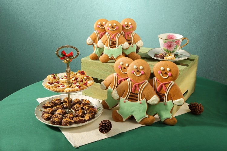 CS-Assorted-Cookies-and-Ginger-Bread-Man-2