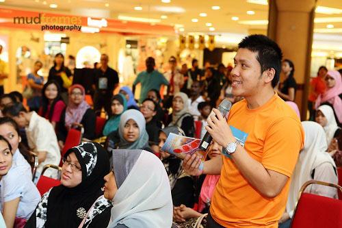 World Hepatitis Day 2012 main event at One Utama Shopping Mall