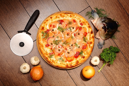 Salmon pizza at Silver Spoon Trattoria, Italian Restaurant at Bandar Menjalara