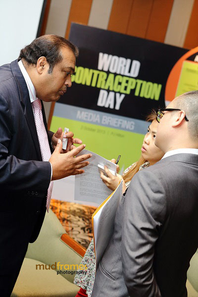 Dr. K K Iswaran speaking to media at Exeltis Pharma Media Briefing Event in conjunction with World Contraception Day 2013