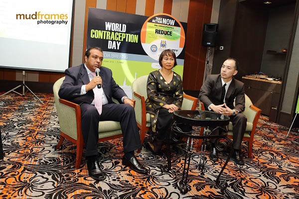(From Left): Dr. K K Iswaran, Prof. Dr. Jamiyah Hassan, Mr. Andy Siow (MD of Exeltis Pharma) during Exeltis Pharma Media Briefing Event in conjunction with World Contraception Day 2013