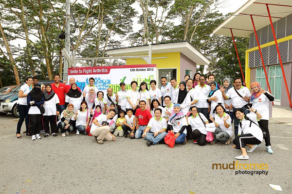 Organisers and volunteers of World Arthritis Day 2013 at NCWO, Seremban