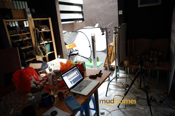 BTS: Guardian body care range product photography for 2013 Christmas catalogue at Mudframes Photography Studio