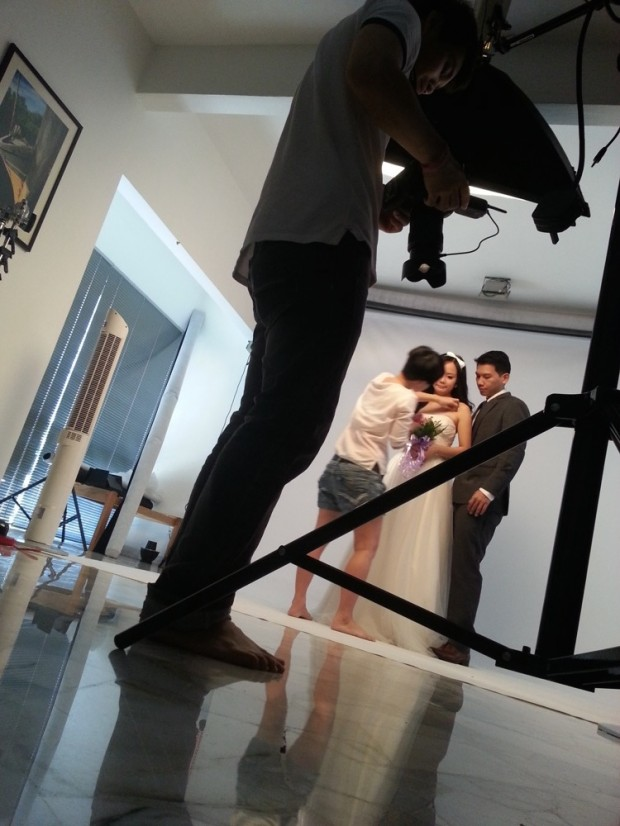 BTS: DIY pre-wedding photography at Mudframes Studio