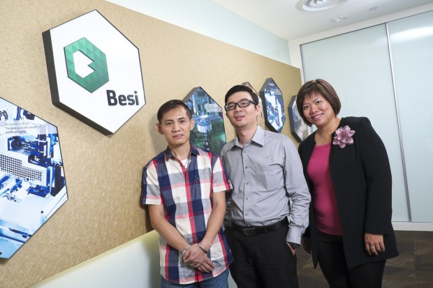 Mr. Goh Seng Leong, IT Manager of ESEC Singapore (first from left) with Rentwise personnel