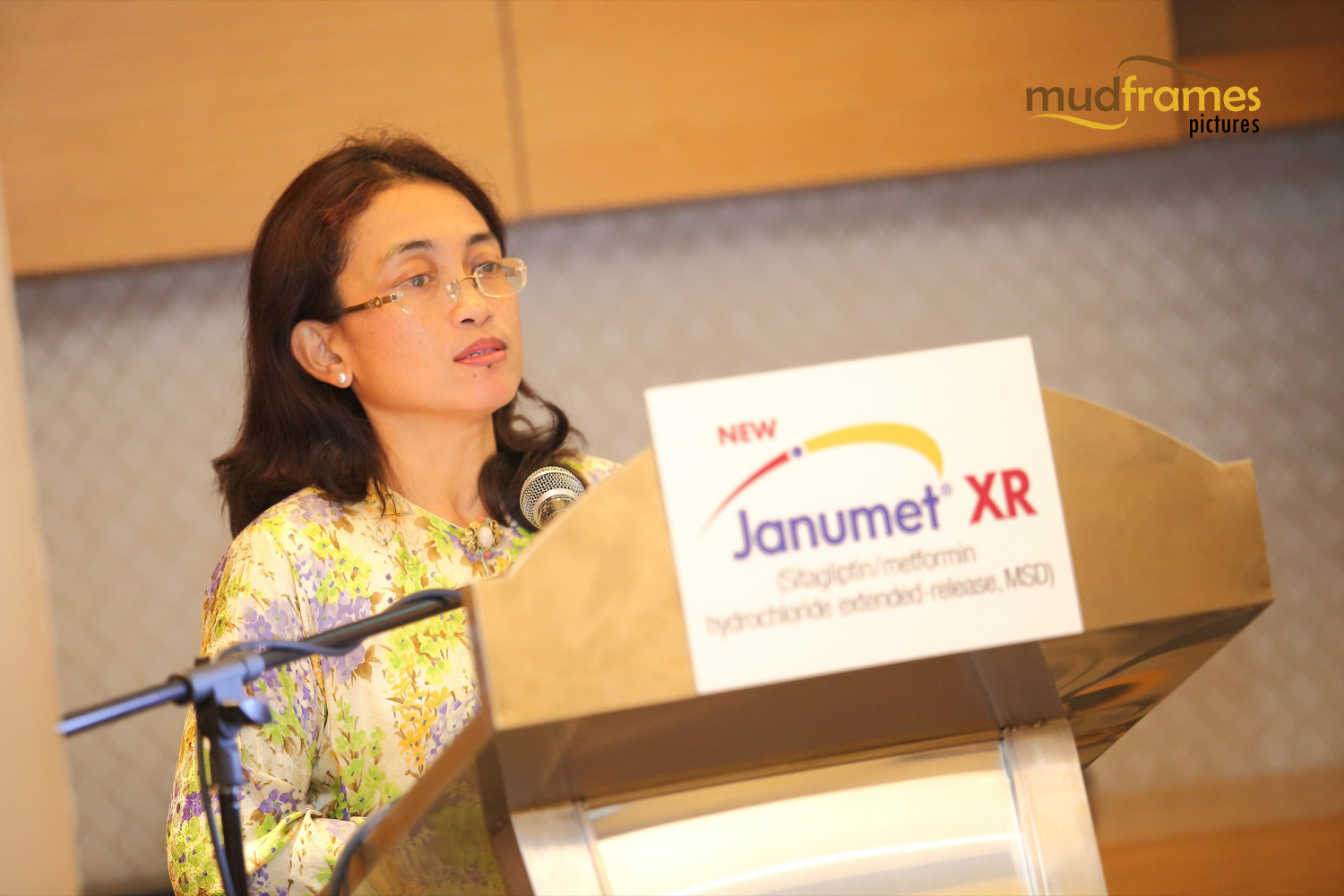 Dr Zanariah Hussein speaking at Janumet XR launch in Malaysia
