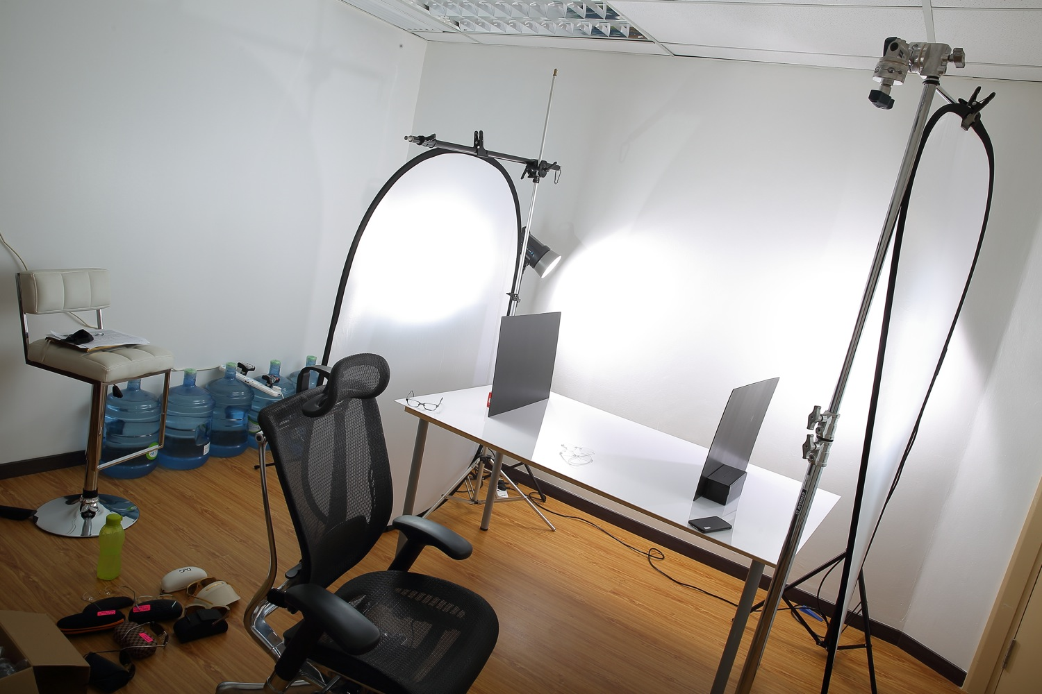 BTS: Photographing a transparent spectacle