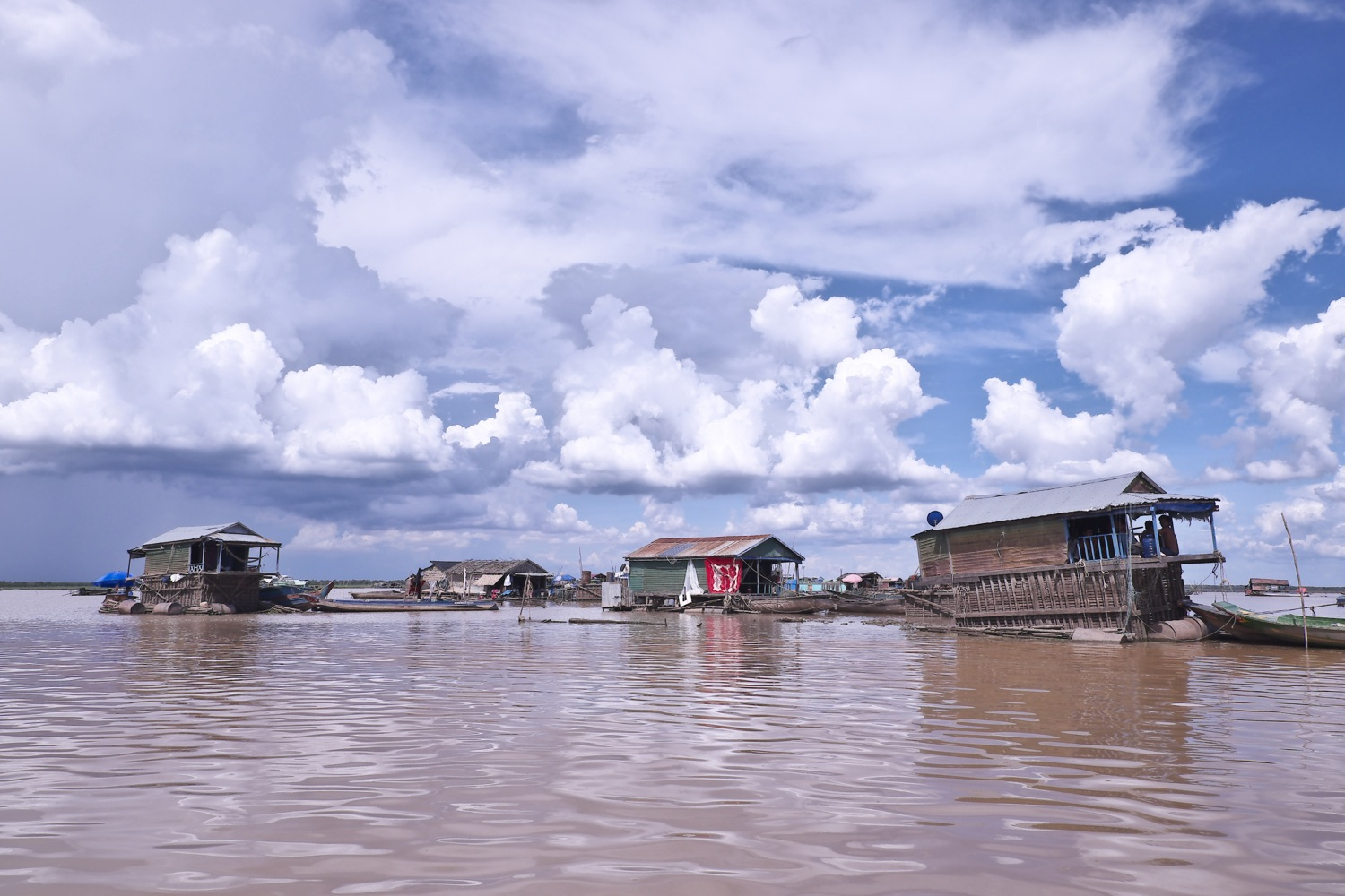 Vietnamese Floating Village  on Tonle Sap lake